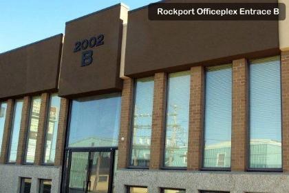 009-rockport-officeplex-entrace-b